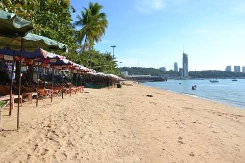 clearing-pattaya-shorewater.jpg